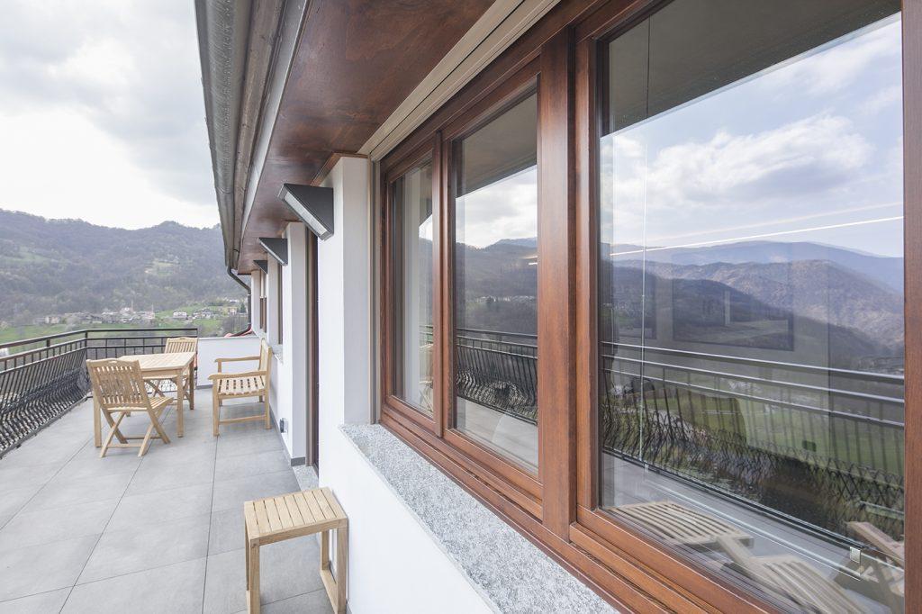 Serramenti ristrutturazione villa valli lanzo
